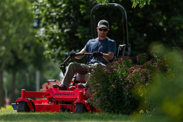 Gravely-Zero-Turn-Mowers-20.jpg