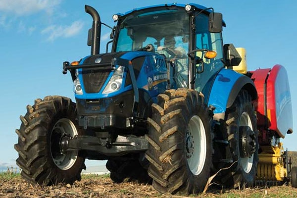 New Holland T5.90 Dual Command™ for sale at Landmark Equipment, Texas