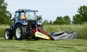 CroppedImage350210-NH-H6730Mounted-HD-DiscMower.jpg